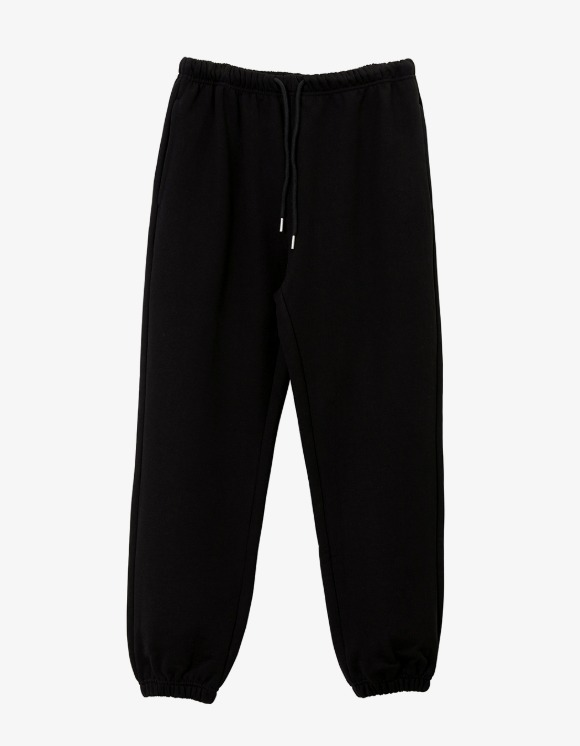 Brown Yard Essential Sweat Pants - Black | HEIGHTS. | 하이츠 온라인 스토어
