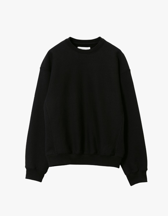 Brown Yard Essential Sweat Shirt - Black | HEIGHTS. | 하이츠 온라인 스토어